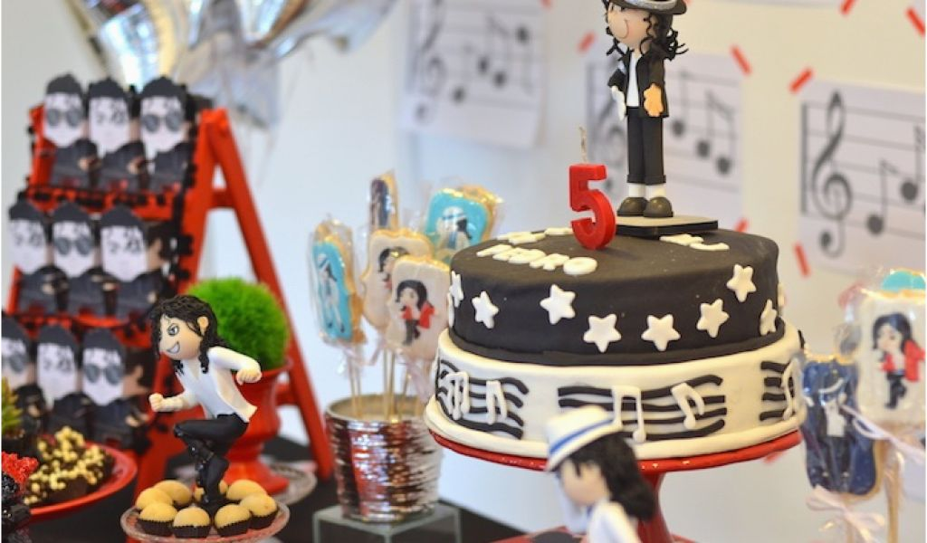 Download By SizeHandphone Tablet Desktop Original Size Back To Michael Jackson Birthday Party Decorations