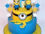 Minion Birthday Cake Decorations Best 25 Minions Birthday Cakes Ideas On Pinterest