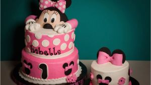 Minnie Mouse 1st Birthday Cake Decorations 1st Birthday Minnie Mouse Cake Cakecentral Com