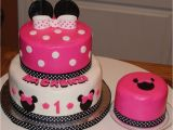 Minnie Mouse 1st Birthday Cake Decorations Minnie Mouse 1st Birthday Cake Cakecentral Com