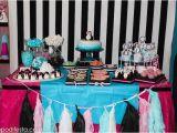 Penguin Decorations for Birthday Party Kara 39 S Party Ideas Penguin themed Birthday Party Via