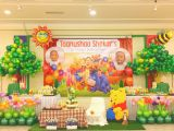 Pooh Bear Birthday Decorations 1st Birthday Party Stage Decorations Google Search 1st