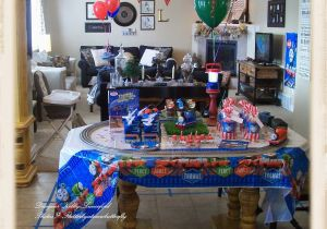 Thomas the Tank Birthday Decorations Flutter by atomicbutterfly Thomas the Tank Engine 5th
