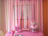 Wall Decorations for Birthday Party Diy Birthday Party Decorations Love the Streamers On the